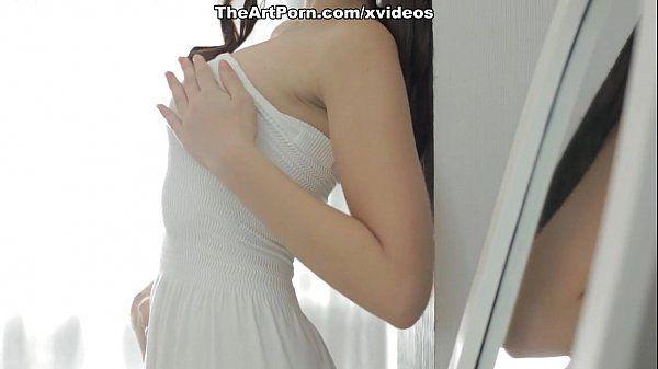 Buceta linda da novinha que mete pelada