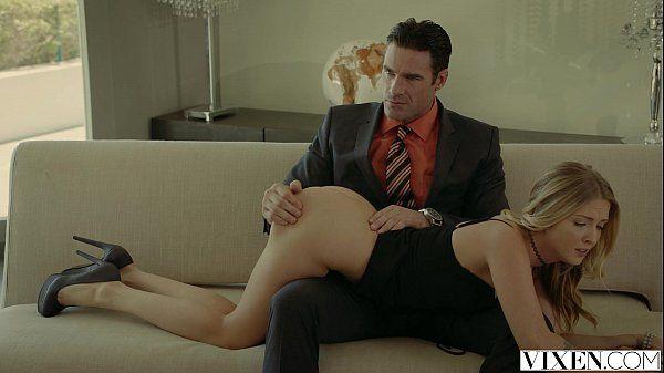 Safadas porno transando com um macho tarado