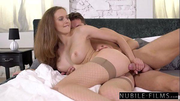 Sexo pornô doido gostosona dando pelada